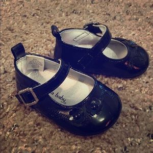 Baby black dress shoes size 1